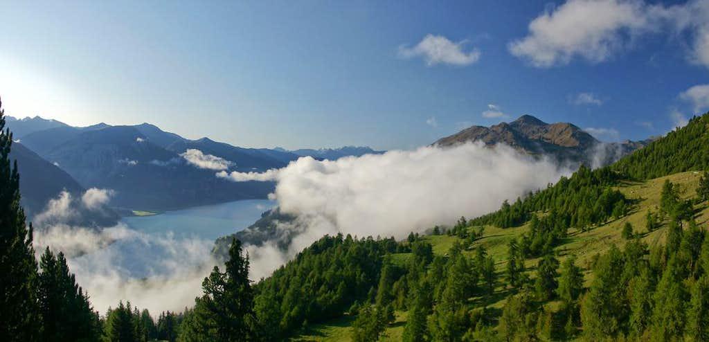 View from Reschner Alm towards Elferspitz / Cima Undici