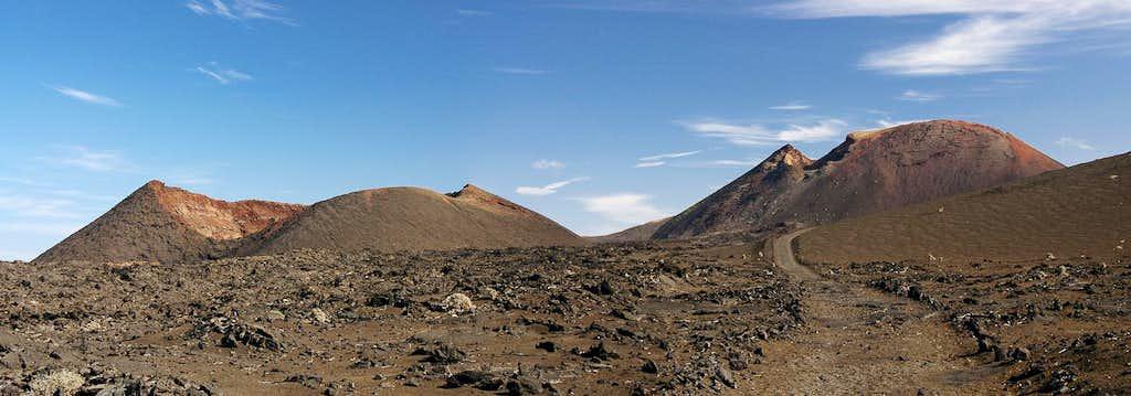 Caldera Rajada (176m), Montana Rajada (373m)