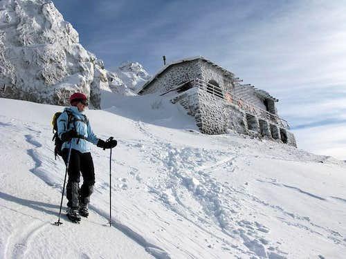 Descending from Snježnik