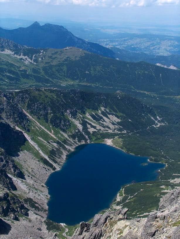 From Orla Perć, looking down lake Czarny Staw Gąsienicowy, and peak Giewont
