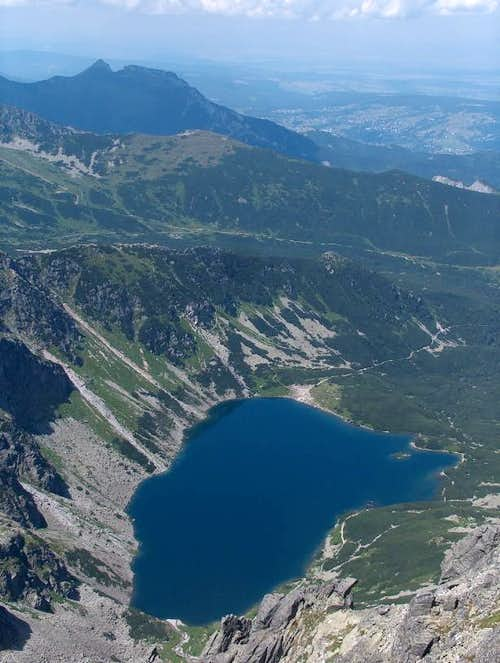From Orla Perć, looking down lake Czarny Staw Gąsienicowy, and peak Giewont