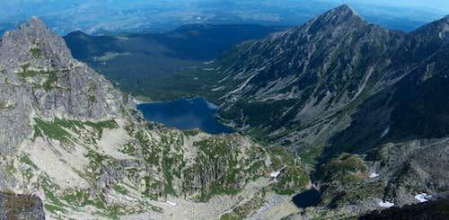 From Orla Perć, looking down lake Czarny Staw Gąsienicowy