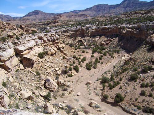 Crescent Canyon