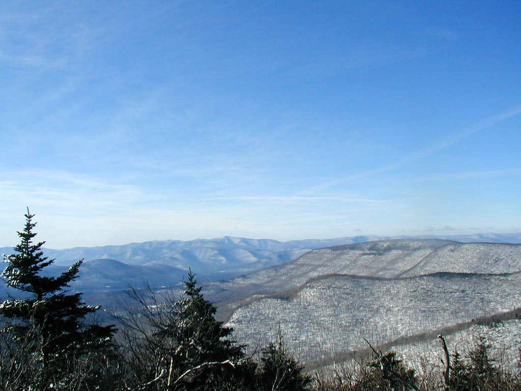 twins northern summit in winter