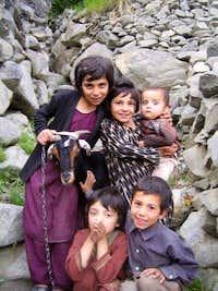 hunza children
