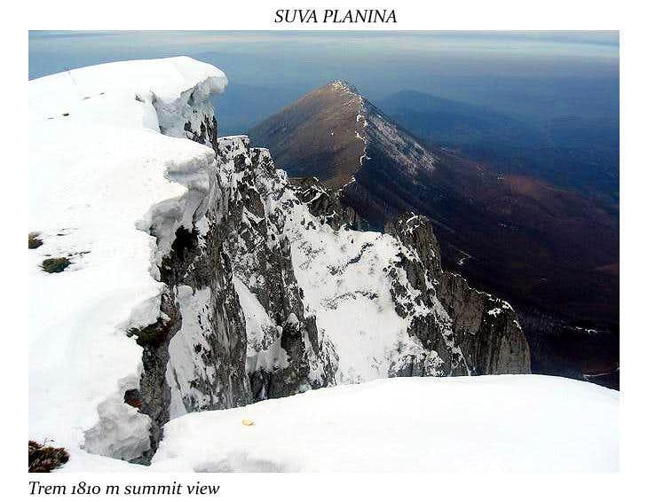 Trem summit view