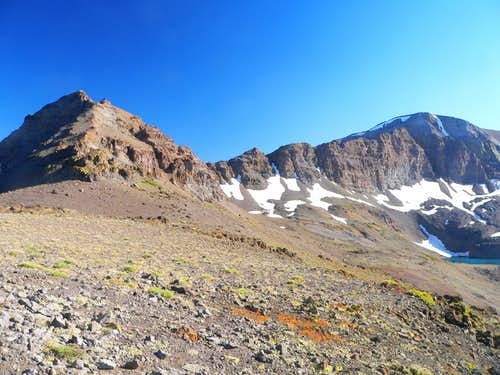 Latopie Peak and Leavitt Peak from the PCT