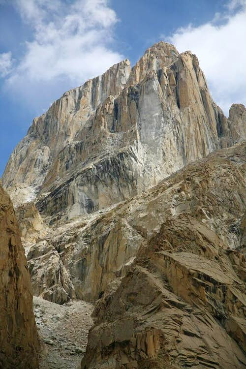 Great Trango (6286-M)