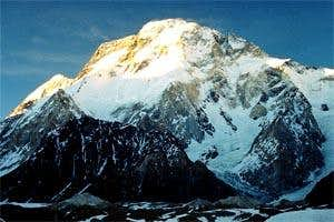 Broad Peak ( Locall name Phalchen kang Ri )