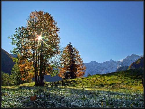 Autumn morning on Jezersko