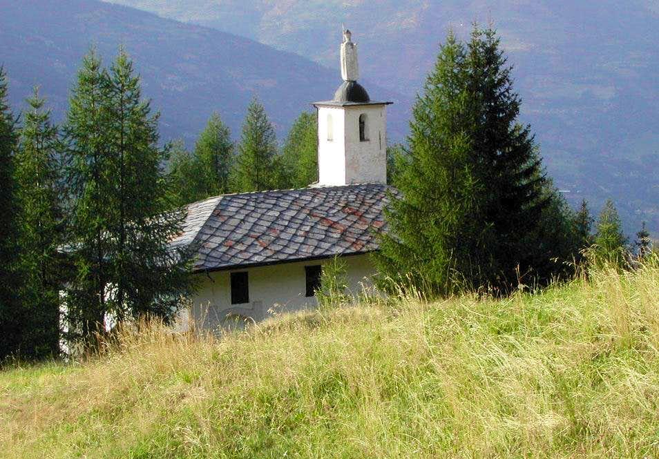 The small sanctuary of San Grato, near Pila