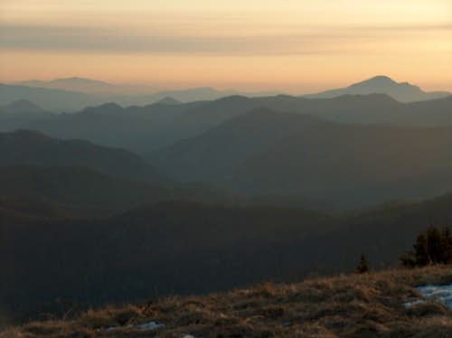 Sunrise from the top of Borišov, looking North to the <a href=