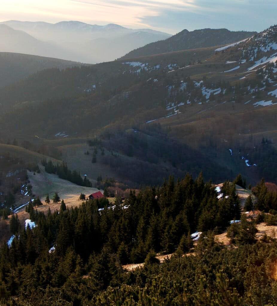 Hiking back in the sunrise, from the top of Borišov to the mountain-hut Chata pod Borišovom