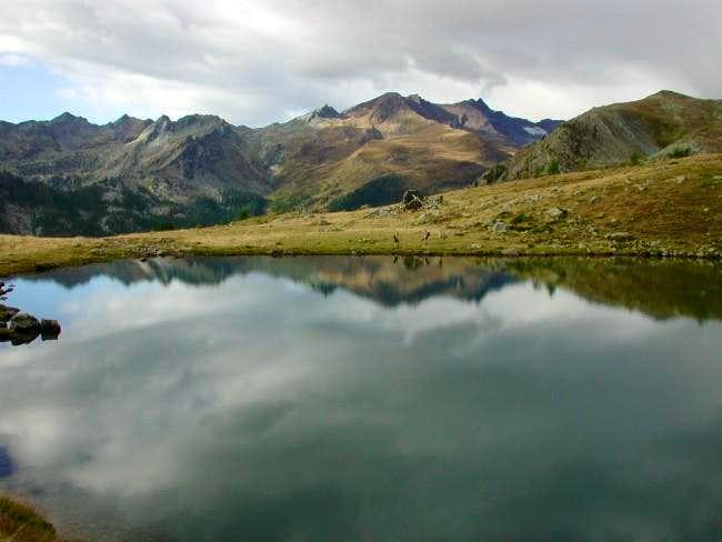 Muffet Lake late in autumn