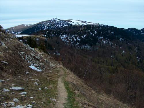 Circumventig West the top Ploská