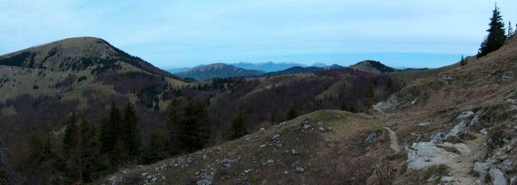 Circumventig West the top Ploská, looking backwards to Borišov