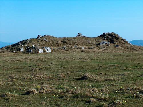 the limestone outcrops of