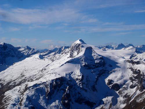 Hocheiser (3206m) seen from Max Kirch Weg