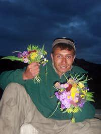 Porter wit mountain flowers