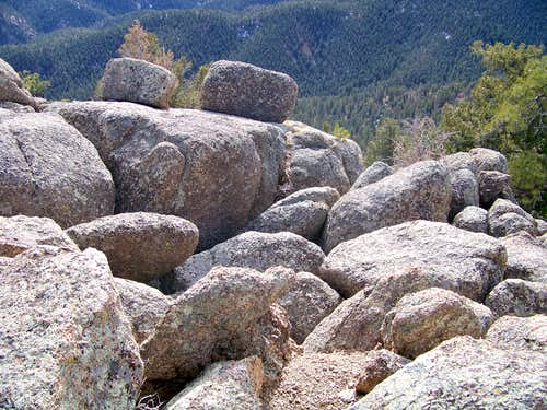Southeast summit boulders