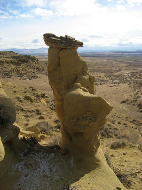 Sandstone spire on Polecat Bench