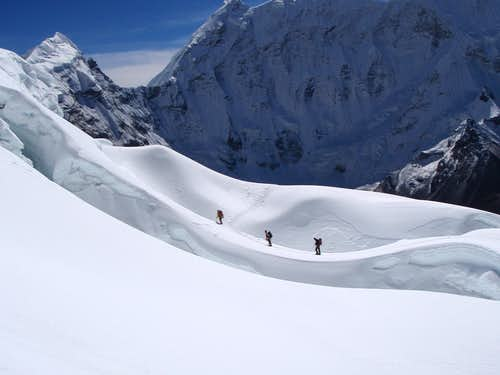 Descending Islad Peak - across the glaciated plateau