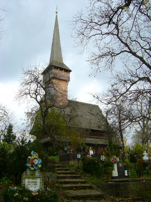 Wooden church in Desesti