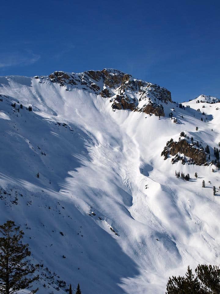 Avalanche under Willard Peak