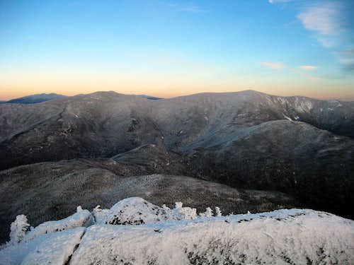 Looking towards the Twins from Garfield - 1/10/2009