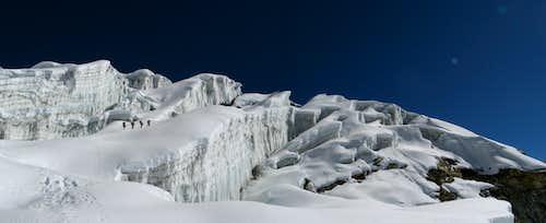The complex but beautiful Amphulapcha Pass