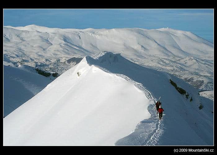 On the ridge of Vito