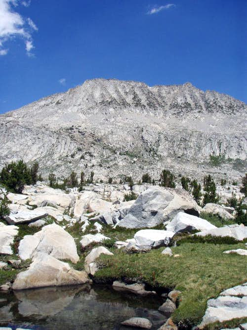 Donahue Peak  –  John Muir Trail Peak Bag Opportunity