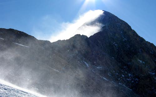 Spindrift plumes on Mt Lindsey