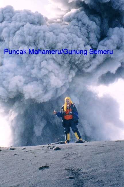 Summit Mount Semeru Java...