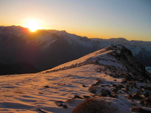 Sun rising to the Damavand