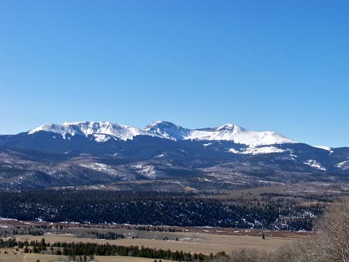 Close-Up of the Buffalo Peaks from south slope