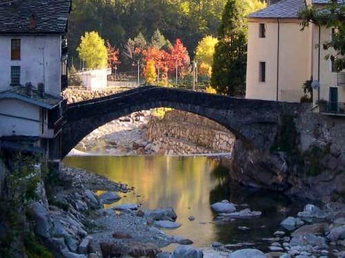 Fontainemore Bridge