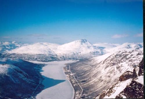 Tromsdalstind above Ramfjord,...