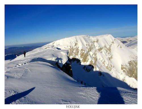 Volujak summit plateau