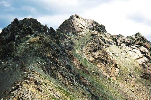 The West Face of Scatter Peaks