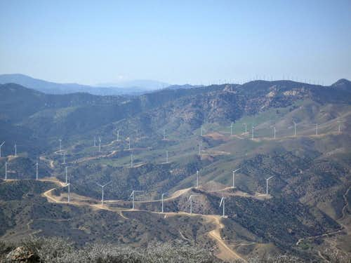 Windfarm near Cross Mountain
