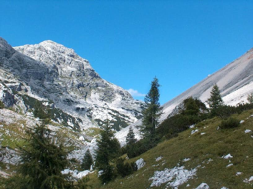 Dolina Sedmerih Jezer, entering the high part of the valley