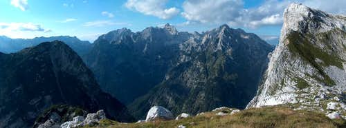 Western panorama from the pass Prehodavci