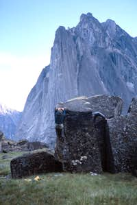 Bouldering in the Cirque