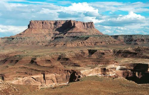 Canyonlands Butte from Murphy Hogback