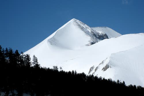 Eastern aspect of Kutelo (2908m)