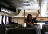 sales woman on the Tlachichuca bus