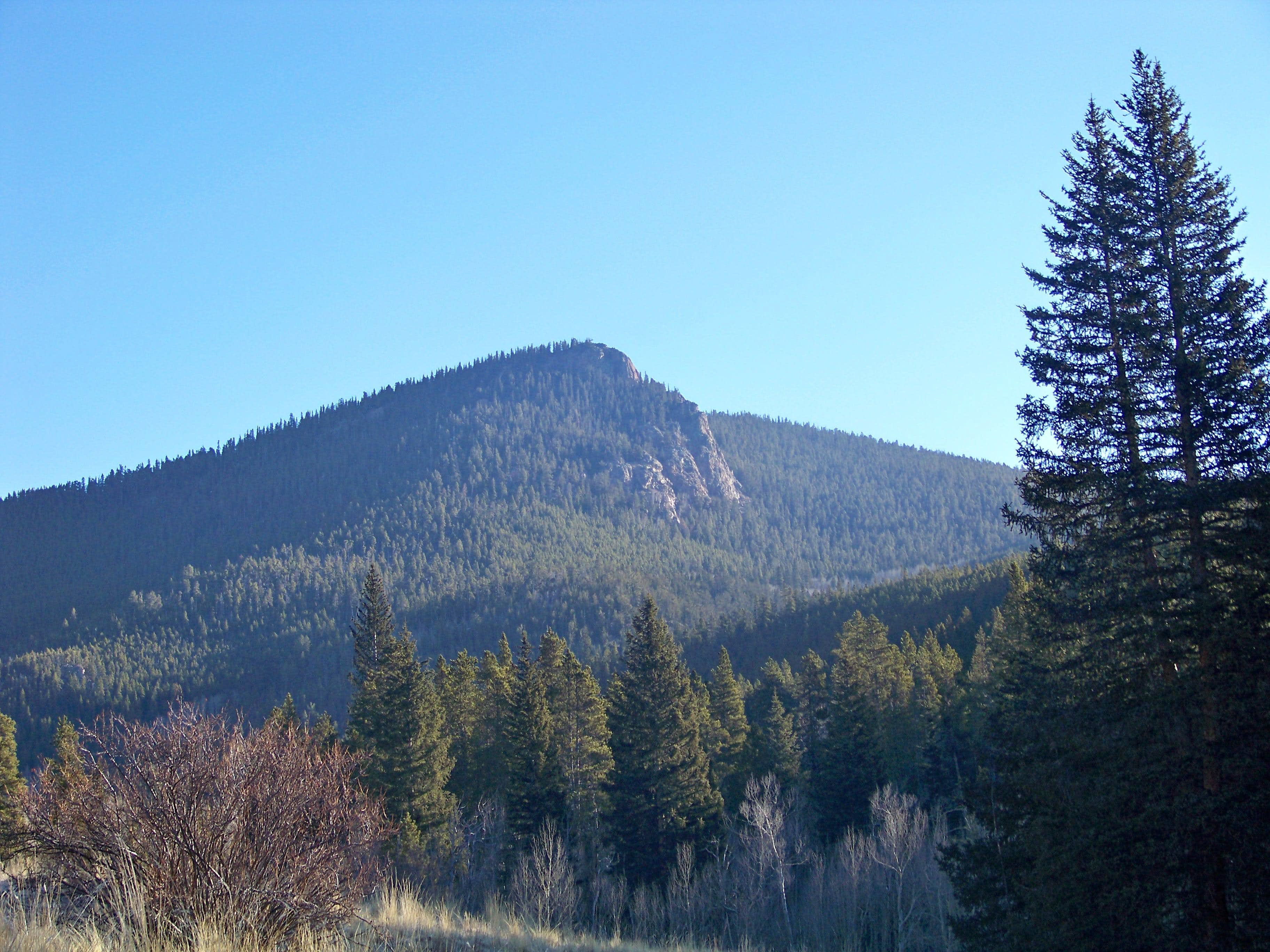 Spearhead Mountain