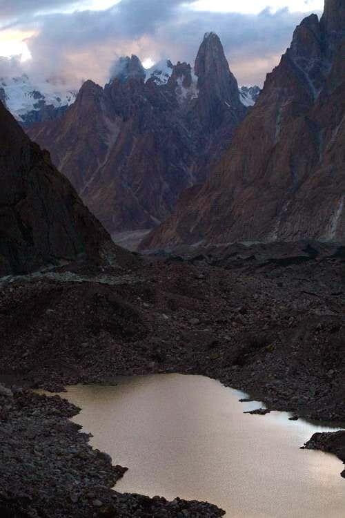 Uli Biaho & Paiyu Peaks