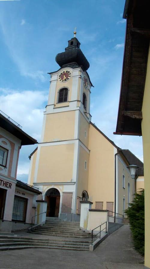 The church of Weyregg, on the shores of the Attersee